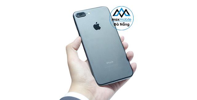 thay-pin-iPhone-7-Plus-tai-ha-noi
