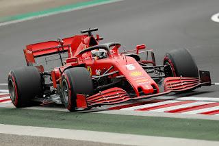 Hamilton Start Terdepan di F1 GP Hungaria