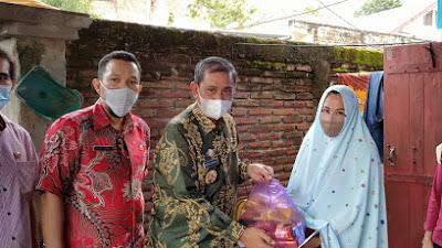Serahkan Bantuan Korban Bencana Alam, Bupati Wajo Ingatkan Warga Tetap Waspada