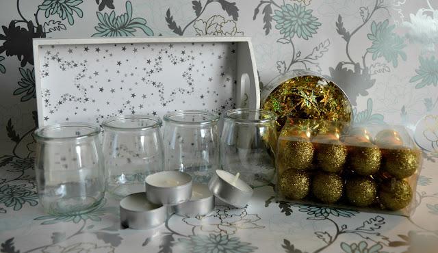 Świąteczny biało-złoty stroik DIY