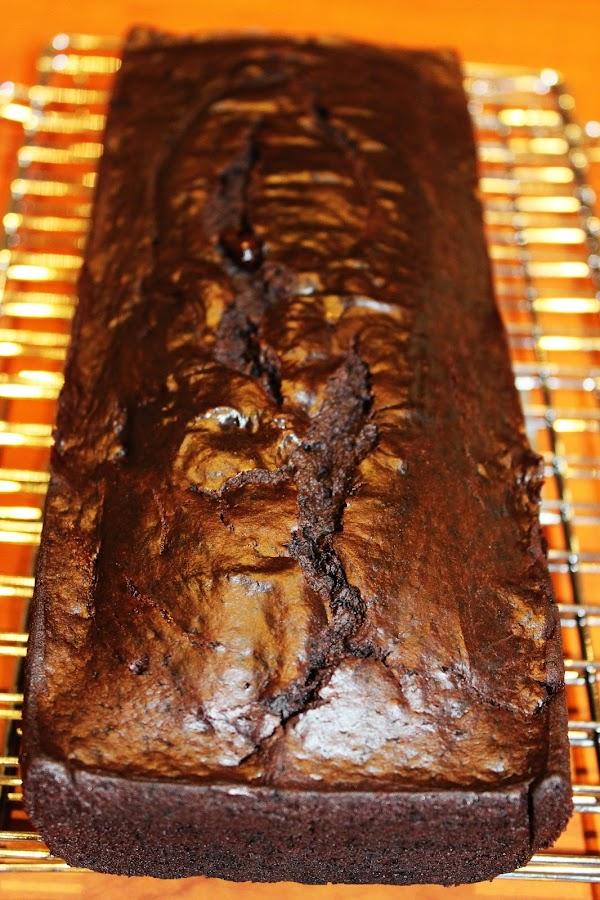 BIZCOCHO DE CHOCOLATE Y AGUACATE {SIN LÁCTEOS NI HUEVOS}