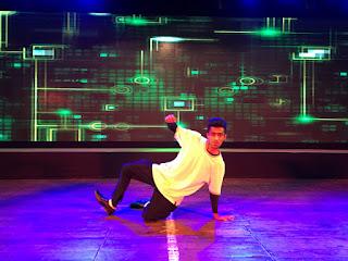 Cover Photo: Performance at Mumbai - Ronak Sawant