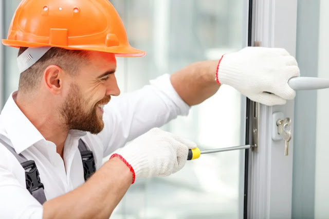 How Can a Locksmith in Chicago Help You?