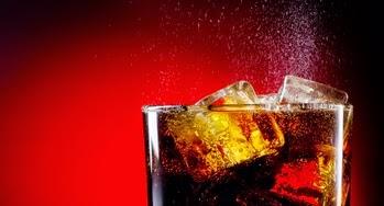 ¿Las bebidas light ayudan a bajar de peso?