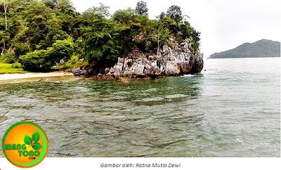 Teluk Jantang, Surga di Balik Bukit