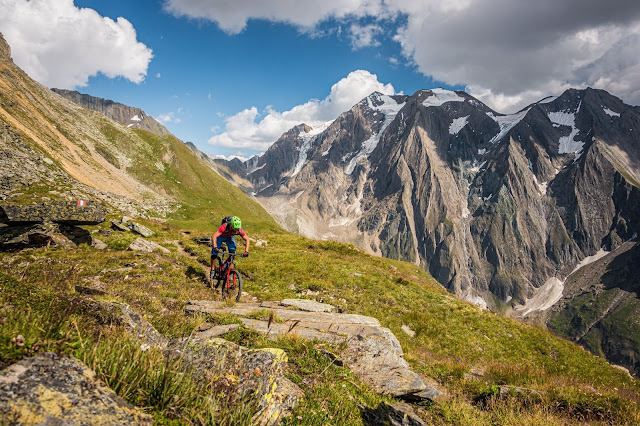 Mountainbike Tour Zillertal Mayrhofen - Schlegeis - Rotbachlspitze 2895 mü.A.