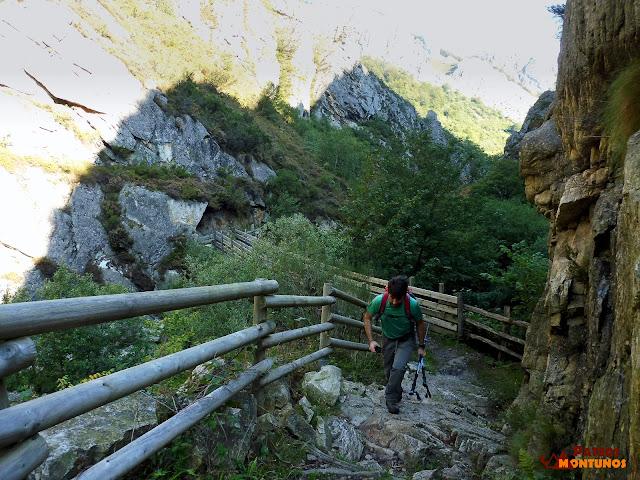 Desfiladero de Los Arrudos: Escalerón