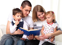 Pengertian Lembaga Keluarga, Ciri, Tujuan, Peran, Fungsi, Aturan, Tahap, Tipe, dan Contohnya