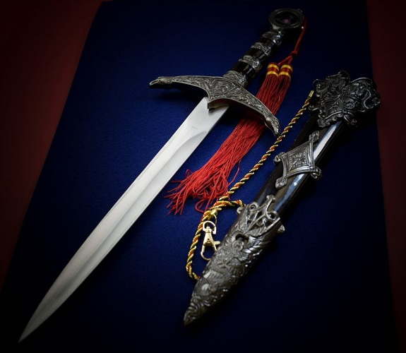 Real Swords for Sale: What are the Most Horrifying Swords