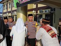 Kapolres Serang Laksanakan Sholat Idul Fitri 1440 H Bersama Anggota