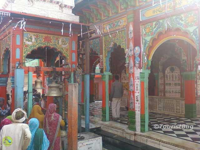 Hanuman Garhi Mandir Ayodhya