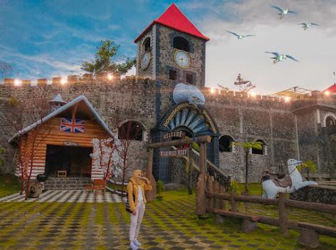 The Lost World Castle Tiket, Spot Foto, Lokasi & Rute Terbaru 2021