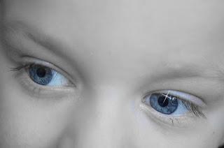 Yenidoğan Bebek Ayaklar Sepet Genç Narin Ayak Parmakları Yenidoğan Bebek Kız Pembe Şapka Sevimli Battaniye Yeni Yenidoğan Bebek Şirin Çocuk Portre Yüz Küçük Yenidoğan Fotoğrafçılık Bebek Çocuk Çocuk Sevimli Kız