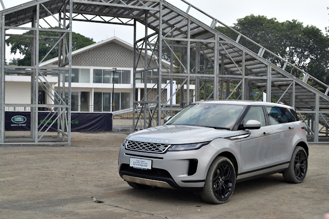 rabge rover evoque 2019 indonesia