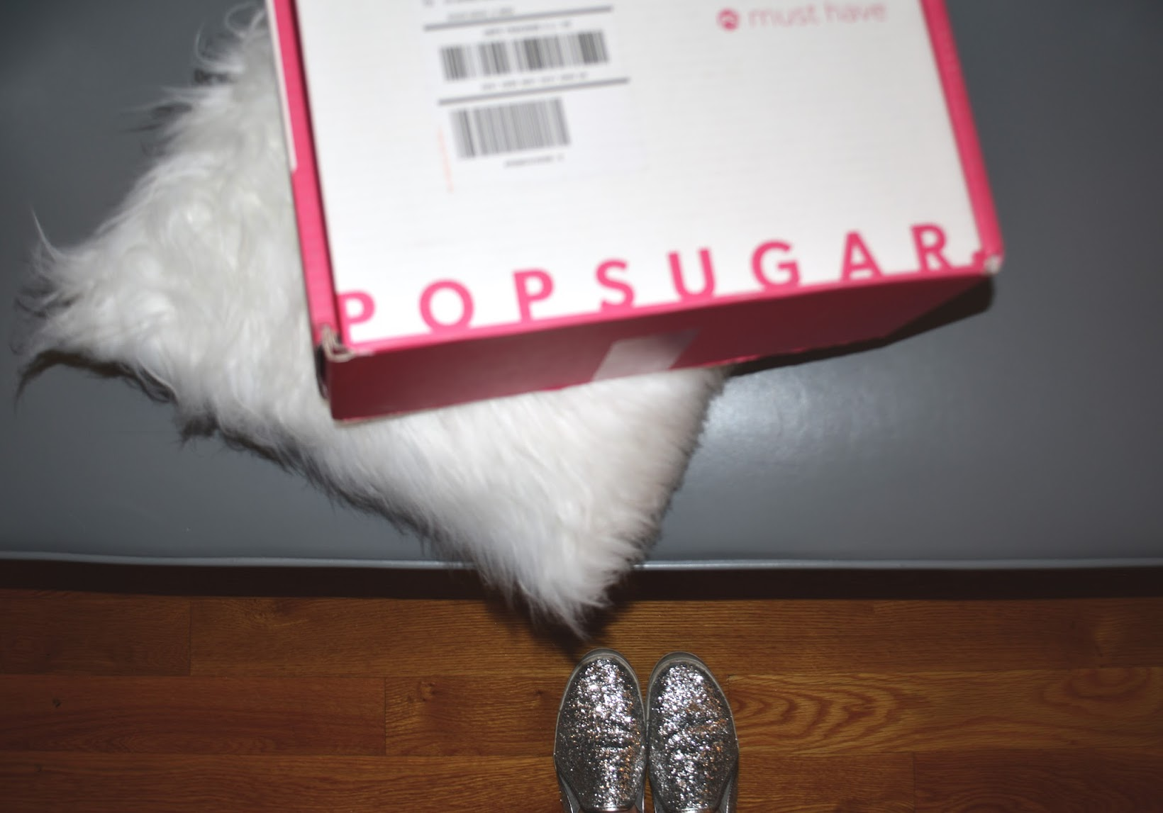 Popsugar Must Have Subscription, Popsugar, Popsugar Box, Popsugar monthly subscription, Chicago blogger, Must Have review, Smith & Cult lipgloss, Smith & Cult lip lacquer, Smith & Cult lip lacquer in The Wanted, Jack + Lucy Bicoastal Wide Brim hat, sombrero de lana, wool hat, September Must Have Box, Briogeo hair mask, The Gluten Free Bites, NCLA Mani ER, Flint lint roller, retractable lint roller, Latina blogger