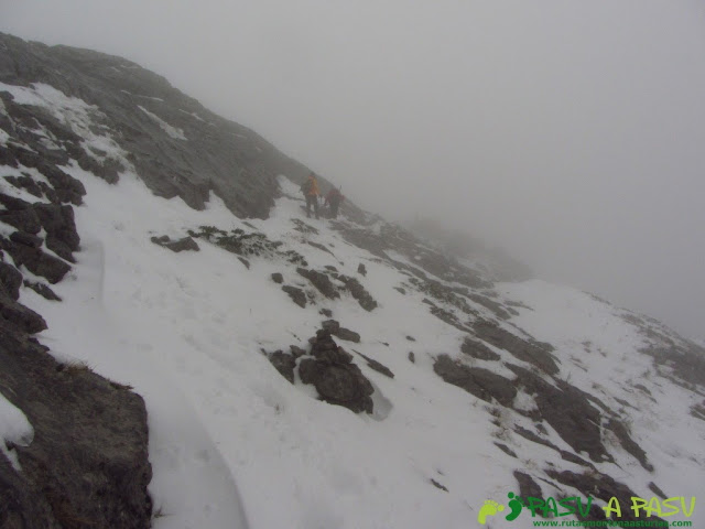 Ruta a la Barragana: Llegando a la cima de la Barragana.