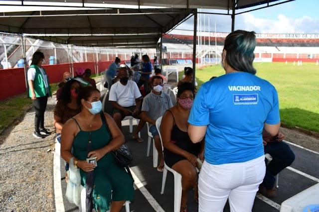 Vacinação Covid-19 em Alagoinhas: confira o público deste sábado (24)