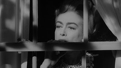 Amy (Joan Crawford) - I Saw What You Did and I Know Who You Are!