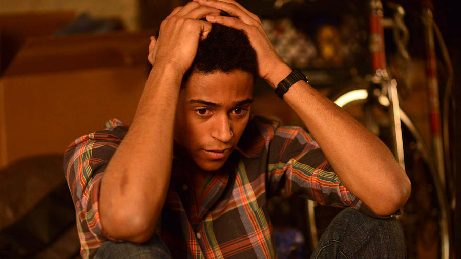 Alfred Enoch como Wes Gibbins en How to Get Away with Murder