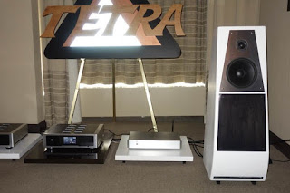 Stereophile Meets Tetra Speakers and Tetrasonic at Montreal Audio Festival!