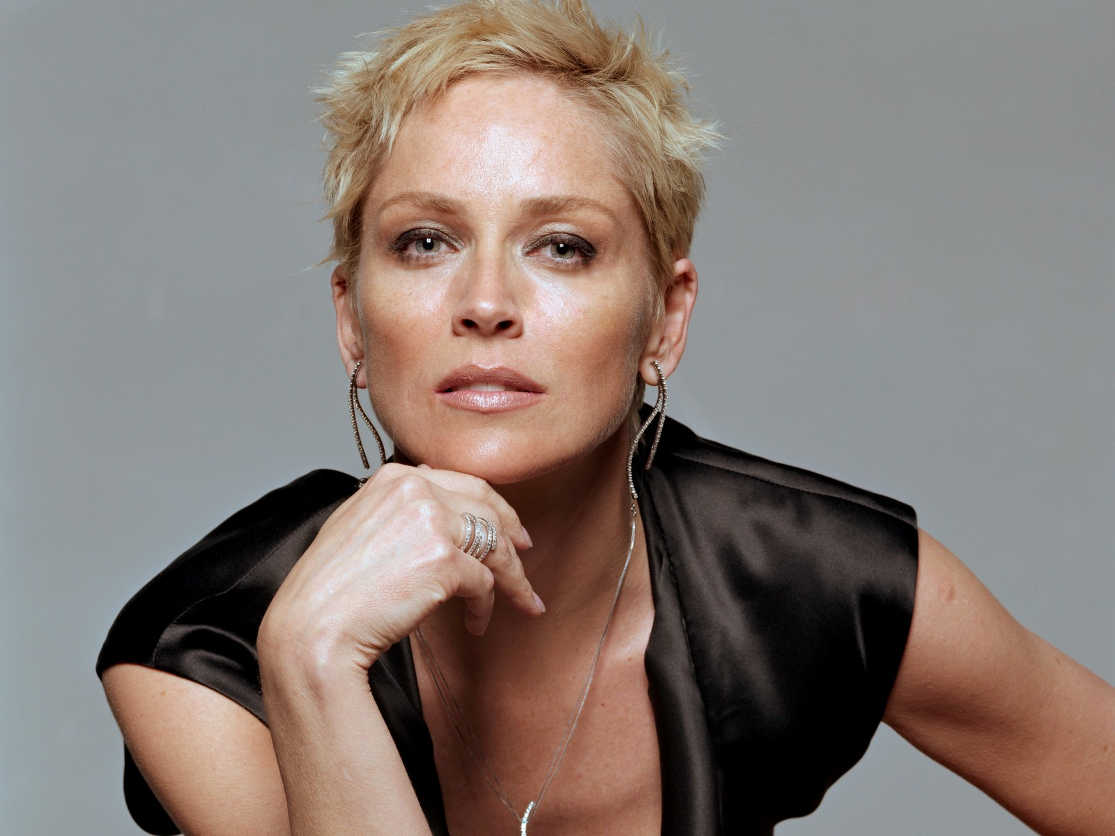 Hot Babes Single Sharon Stone Hd Wallpapers 2012 2013