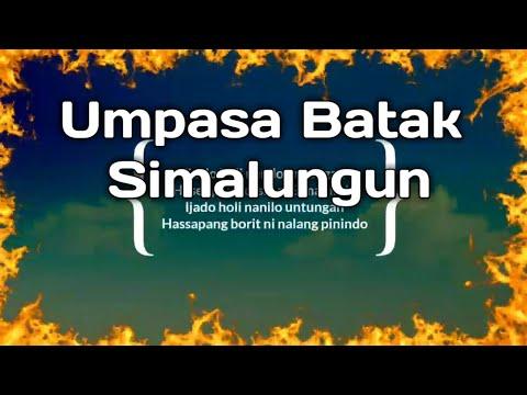 Melansir Dari Wikipedia,Disebutkan Bahwa Suku Batak Simalungun berasal dari Sumatera Utara,Indonesia,Tepatnya di kabupaten Simalungun.Suku Batak Simalungun merupakan Pembagian dari sub Suku Batak itu sendiri,diantaranya,Suku Batak Toba,Karo,Mandailing,Pak-Pak/angkola,Simalungun.        Dalam Pelaksanaan Upacara Adat Dalam Budaya Simalungun,hampir memiliki sebagian/beberapa kesamaan juga diantara suku Batak lainya yaitu adanya pantun/umpasa/puisi dalam kesusastraan Suku Batak.    Pada Bagian Artikel Ini,Blog Topik Referensi,Akan Merangkum Kumpulan Umpasa Batak Simalungun Yang bisa di ucapkan,maupun di pakai dalam pelaksanaan Adat,baik itu secara resmi atau di kehidupan sehari-hari.yaitu berupa Umpasa Batak Berkat,Umpasa Batak perpisahan,Umpasa Batak perantau,maupun umpasa Batak,mangapuli,Mangampu,lahiran,mamoholi,dan berbagai jenis Umpasa Batak Simalungun lainya untuk di ingat dalam berbagai Acara Ulaon Adat Batak    Dalam artikel sebelumnya Kami juga telah menuliskan berbagai Kumpulan Umpasa Batak Toba,Umpasa Batak Mandailing,Umpasa Batak Lucu,dan berbagai jenis lainya seperti:    41 Umpasa ( Pantun) Batak Lucu Status Facebook, Whatsap,Instagram Story dan Di Media Sosial Kumpulan dan Macam-macam Umpasa Budaya Batak Toba Umpasa Batak Untuk Anak Yang Baru Lahir Kumpulan Pantun Umpasa Batak Lucu Dan Gokil Kumpulan Umpasa Batak Toba Dalam Berbagai Upacara Adat Kumpulan Umpasa Batak Tapsel,Angkola/Mandailing Untuk Melengkapi Kumpulan Umpasa Batak Simalungun Dibawah Ini adalah berbagai jenis Rangkuman  yang dikutip dari berbagai Sumber Di internet.yang Tujuannya merupakan tahap pembagian untuk bisa di akses secara online dari berbagai lokasi maupun Negara Di dunia.    Karena penting kita ketahui juga Persebaran Suku Batak sudah hampir ada disetiap Lokasi,kota,provinsi,Maupun berbagai Negara,Untuk itu Umpasa Batak Simalungun ini bisa menjadi Acuan Referensi Bagi Siapapun Untuk bisa belajar mengetahui bahasa Umpasa Dari suku Batak Simalungun.      Upasa Batak Simalungun    