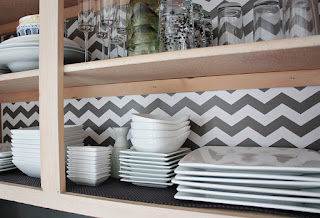Kitchen-Cabinet-Liners-zigzag