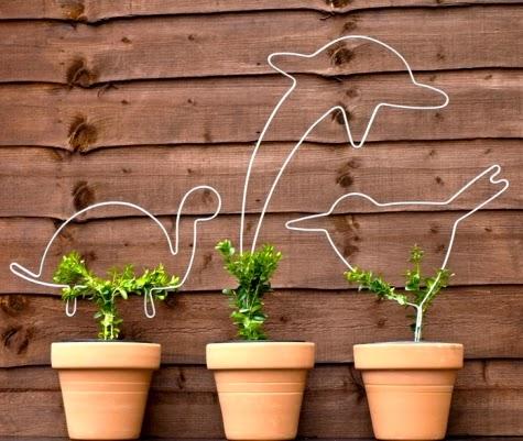 how to create topiary art
