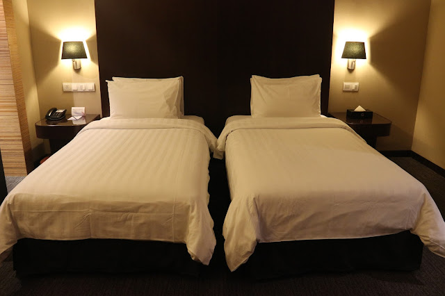 Double King Bed Size Hotel Grandis Kinabalu