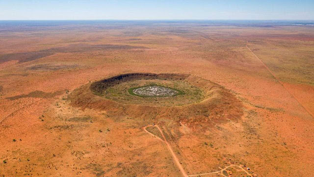 Gold miners discover 100 million-year-old meteorite crater Down Under