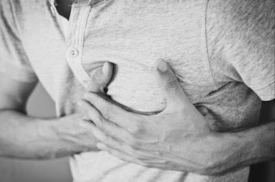 ألم في الصدر : تعرف على الأسباب والأنواع المختلف وطرق العلاج