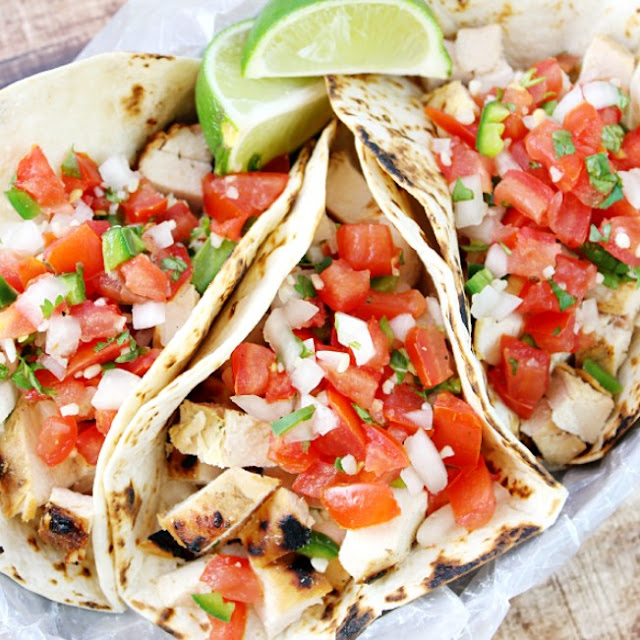 Grilled Chicken Street Tacos #healthy #lowcarb
