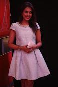 Madhu Shalini dazzling photo shoot-thumbnail-14
