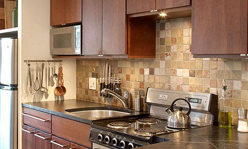 Kitchen Backsplash Maple Cabinets Ideas | Home Interior ... on Backsplash Ideas For Maple Cabinets  id=82085