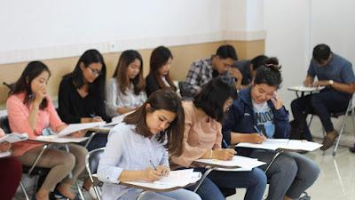 Kemendikbud Luncurkan Tiga Kebijakan Dukung Mahasiswa dan Sekolah Terdampak COVID-19