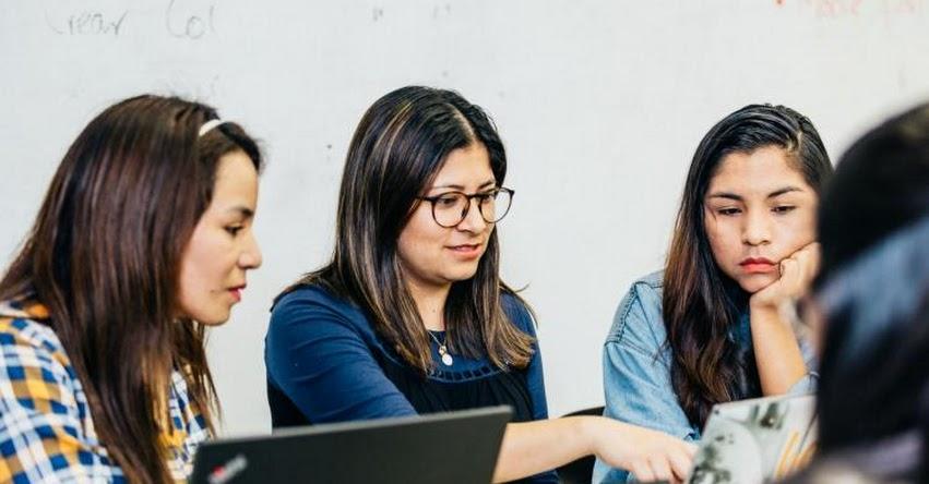 IBM y Laboratoria capacitarán a más de 550 mujeres en tecnologías innovadoras