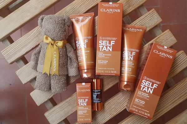 Self tan Clarins