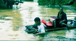 Cara menjaga Kesehatan pada saat cuaca banjir