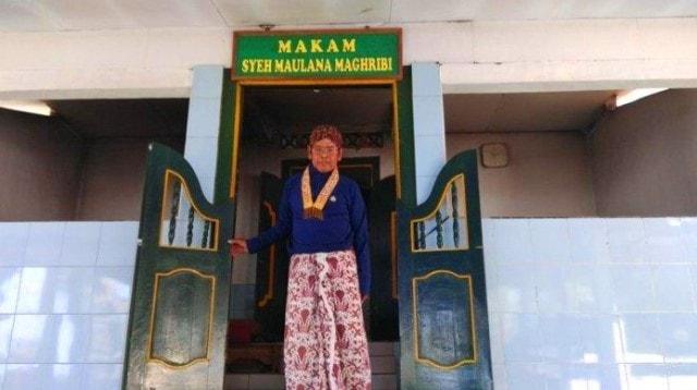 Mas Penewu Jogokaryo Daryanto JuruKunci Makam Raja-Raja Mataram di Imogiri