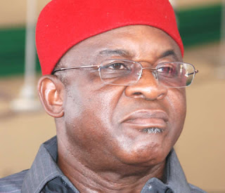 Former Senate President, David Mark, has called on Nigerians not to despair in the face of the daunting economic and socio-political challenges but to remain steadfast.