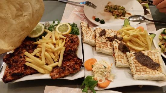 مطعم الركن اللبناني