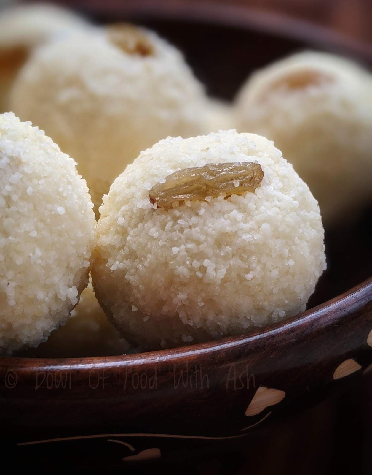 Rava ladoo recipe | How to make sooji laddu recipe