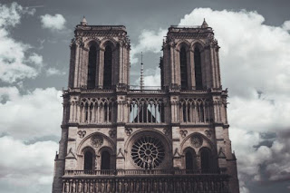Cathedral - Photo by Priscilla Fraire on Unsplash