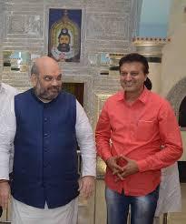 यूपी, हरियाणा, दिल्ली के सीएम से मिले अमित शाह; कोविद -19 स्थिति पर चर्चा करता है