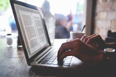 Cara Menjadi Penulis Lepas Yang Menghasilkan Uang