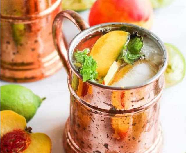 Ginger Peach Moscow Mule #drinks #alcohol