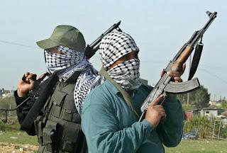 BREAKING NEWS: Armed men attack ex-CBN Gov, Chukwuma Soludo, kill his  security details
