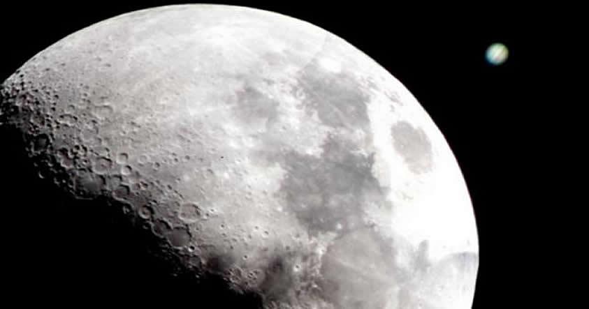 Un joven planeta impactó contra la Luna y creó uno de sus grandes «mares»