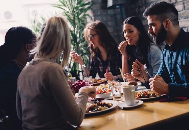 cost-effective restaurant digital marketing strategies food service online advertising tactics