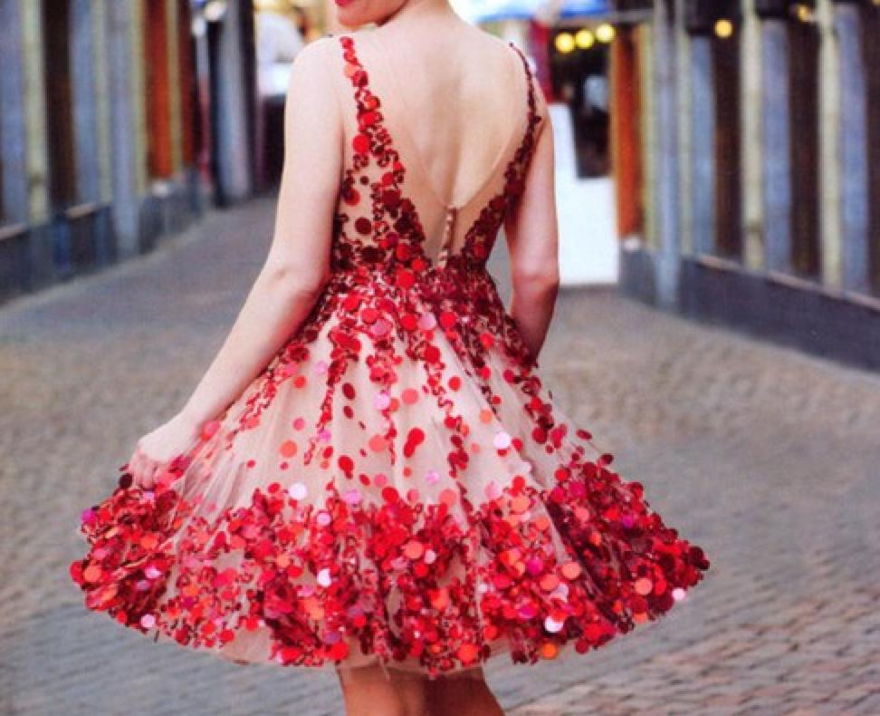 c208b0bae Romantic dresses for Valentine's Day   Beba Göttel